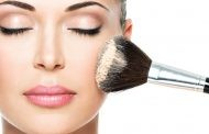 راهنمای انتخاب رژگونه برای پوست شما