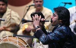 انتقاد شدید احسان عبدی پور از خندوانه و امید حاجیلی