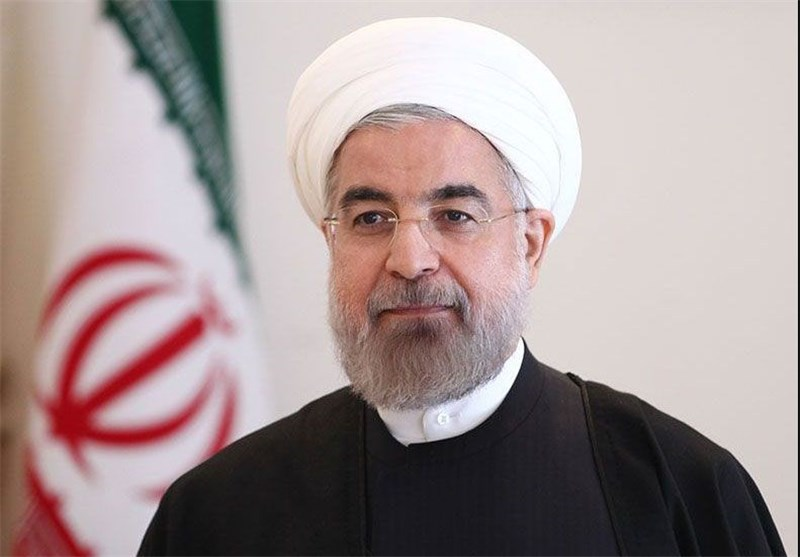 توزیع نشریه علیه دولت در راهپیمایی امروز تهران