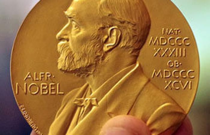دلیل لغو اهدای جایزه نوبل ادبیات در سال ۲۰۱۸