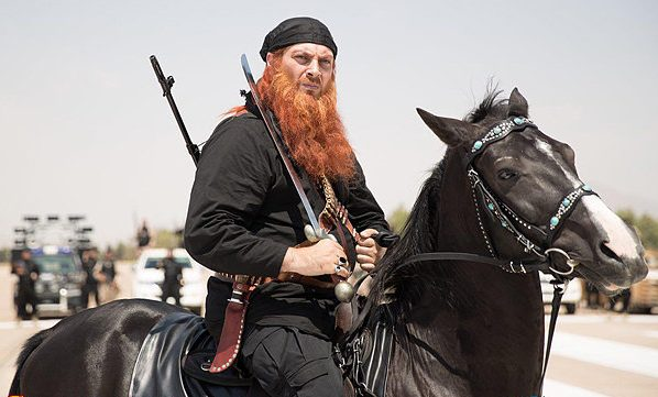 چطوری ایرانی با اسب در پردیس کوروش