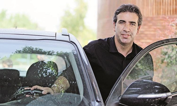 انتقاد شدید بهروز رهبری فرد از علی پروین و شرکت پیشکسوتان پرسپولیس