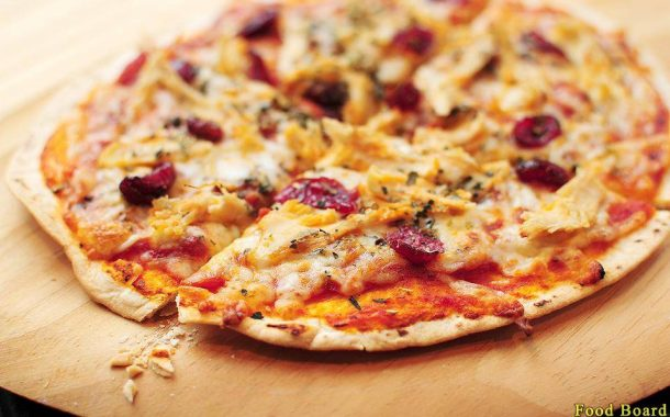 آموزش مرحله به مرحله طرز تهیه پیتزا با نان ترتیلا