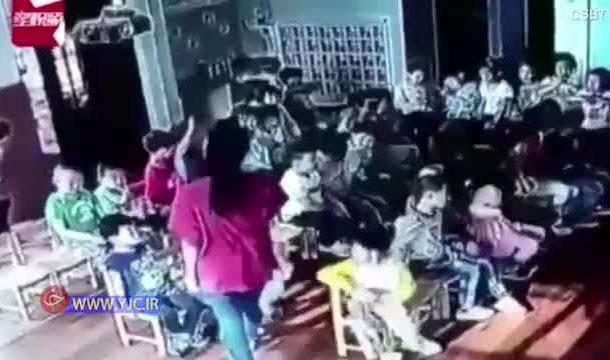 بازسازی ورود امام در یک مهدکودک + ویدیو