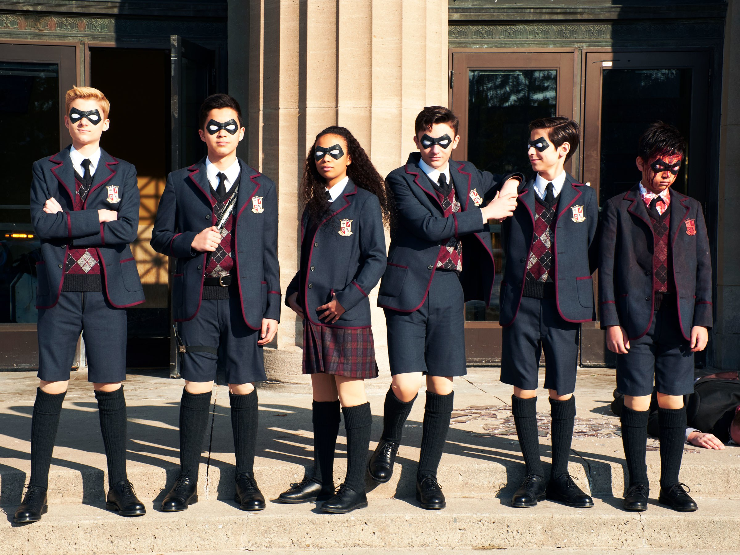 بررسی سریال The Umbrella Academy  نتفلیکس