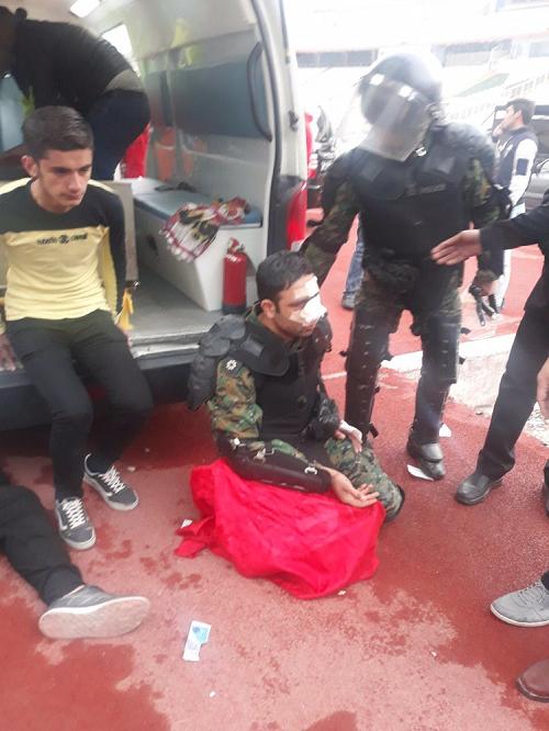 حمله هوادران تراکتورسازی به مسعود شجاعی