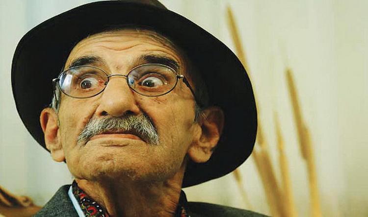 احمد پور مخبر آلزایمر دارد