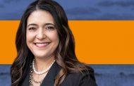 بیوگرافی و سوابق استفانی بایس نماینده ایرانی کنگره آمریکا