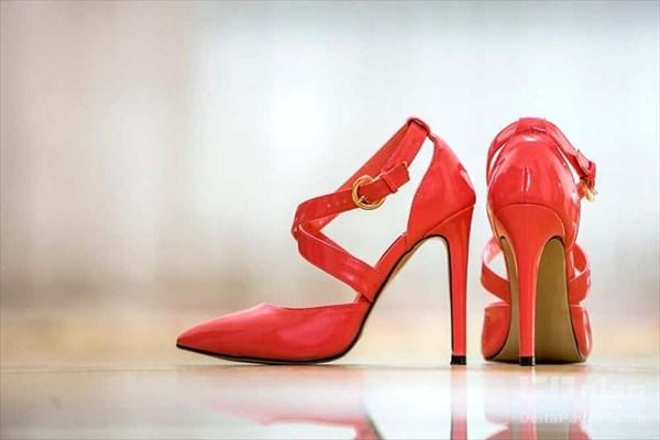 تبلیغ تن فروشی در سایت دیوار با فروش کفش جلو باز