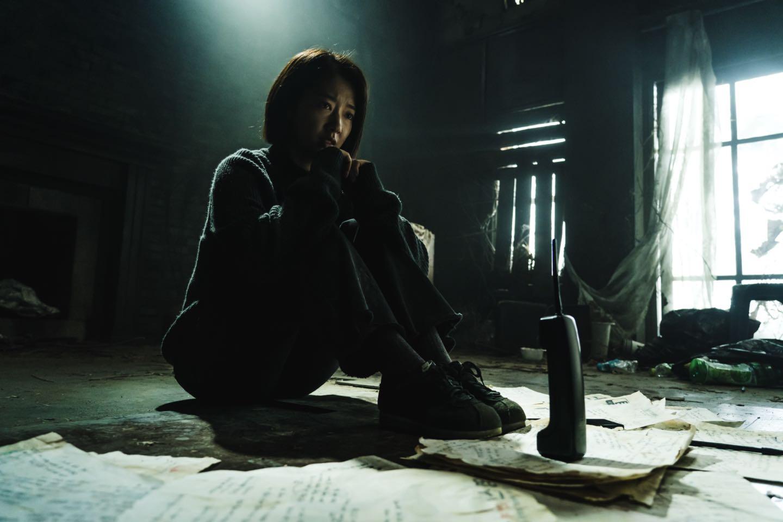 نقد بررسی فیلم ترسناک کره ای تماس (Call)